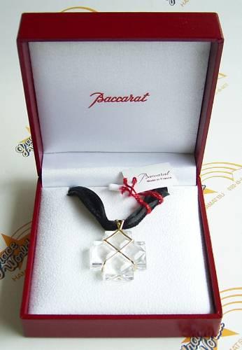 バカラ クロス ビザンス ゴールド/クリアークリスタル スモールペンダント ネックレスの画像