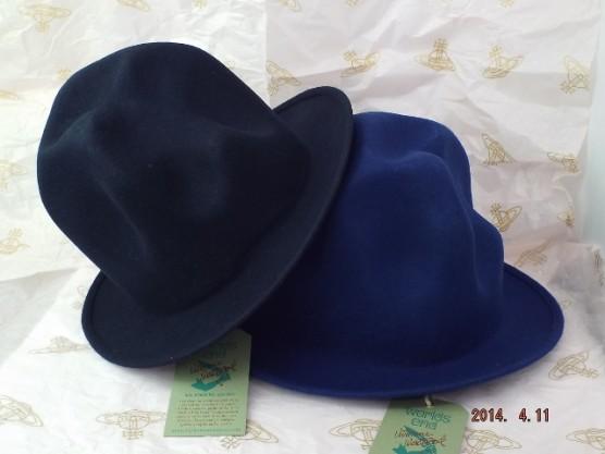 ヴィヴィアンウエストウッド ワールズエンド フェルトマウンテンハット 濃紺と青(新色、ロイヤルブルー)