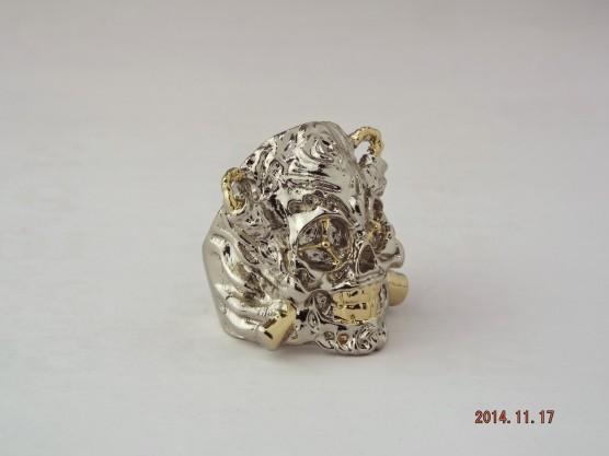 エクスペンダブルズ 幸運の指輪