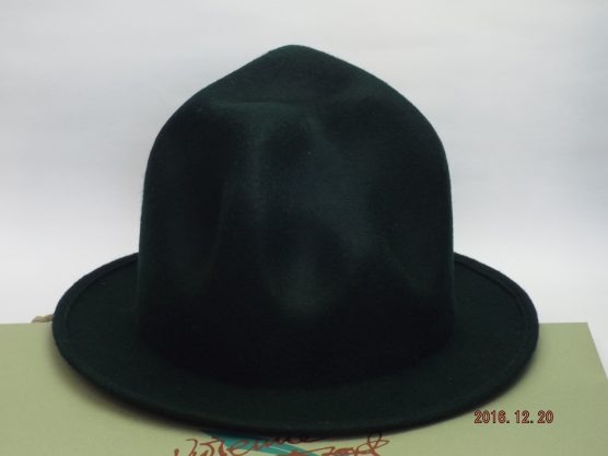 VIVIENNE WESTWOOD MOUNTAIN HAT Dark green
